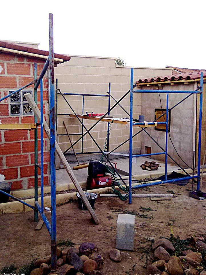 Patio 2 º y 1 º gallinero